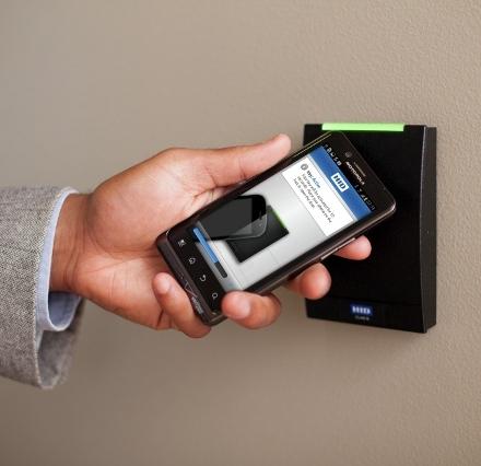 System SEOS – urządzenia mobilne w kontroli dostępu